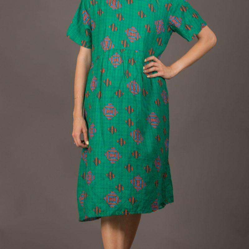 שמלה ירוק עיטורים
